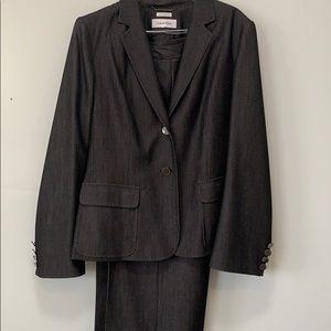 🍁CALVIN KLEIN gray suit MAKE AN OFFER🍁